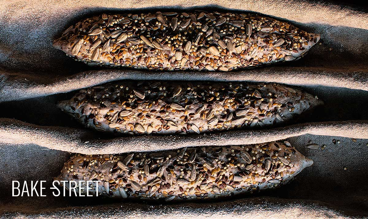 Whole wheat mini baguettes with seeds