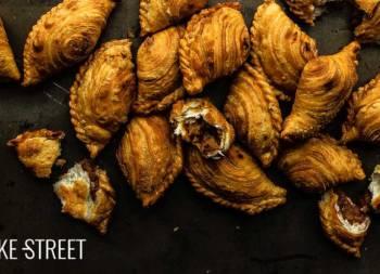 Karipap Pusing – Espirales de curry