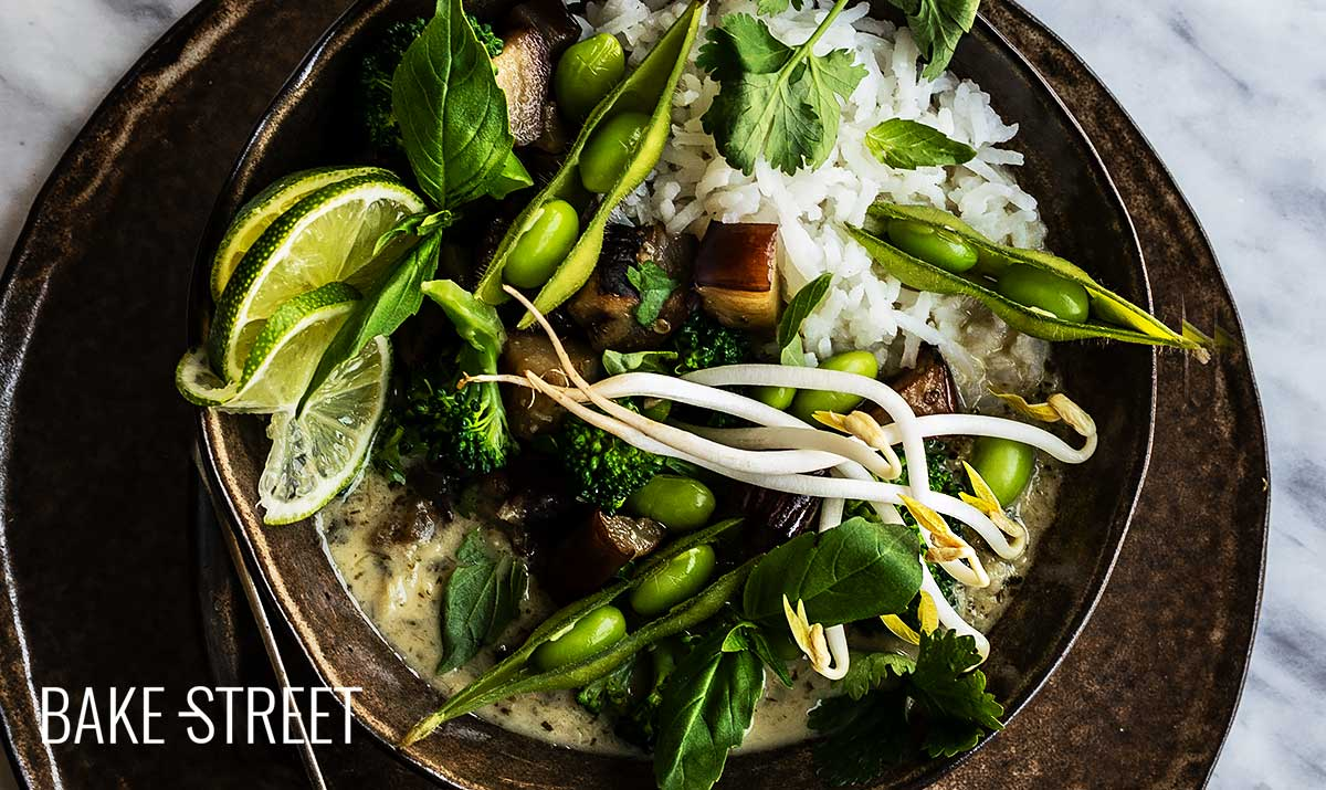 Vegan green curry with jasmine rice