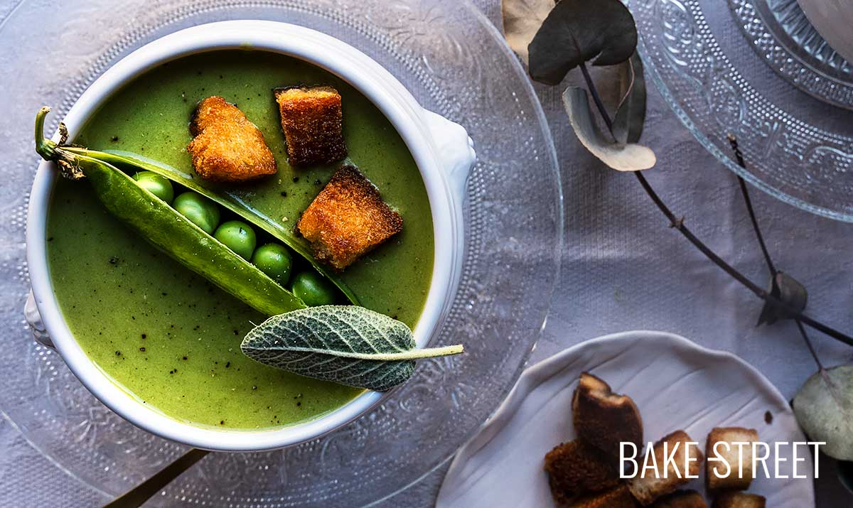 Dashi Pea Soup with Bread Croutons