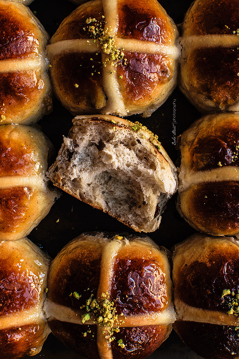 Hot Cross Buns {Easter buns}