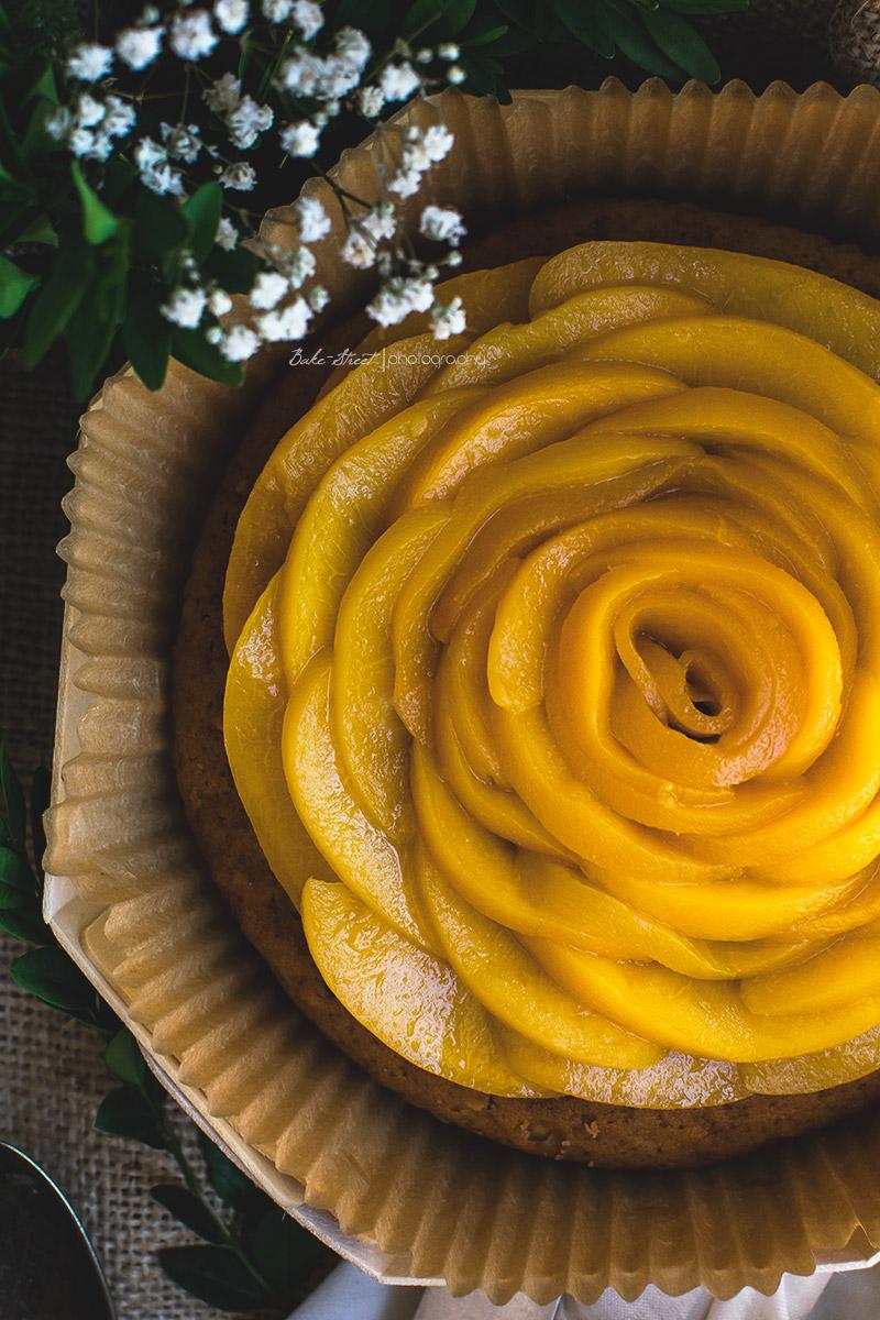 Pastel de naranja, miel y polenta